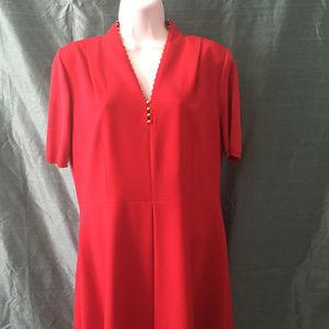 Very Nice Tahari V Neck Red Dress .  New Condition
